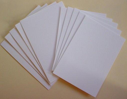 Giấy được tính định lượng để dễ dàng phân biệt loại giấy