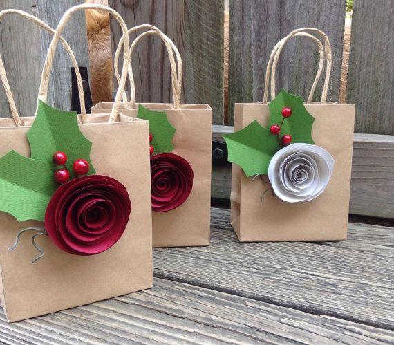 Túi giấy kraft với kiểu thiết kế đậm chất handmade