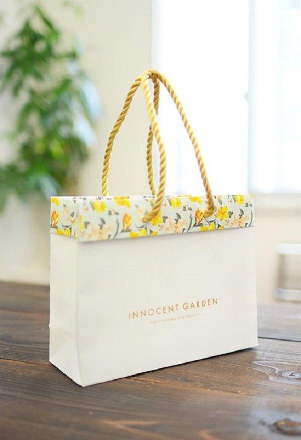 Túi giấy cao câp innocent garden