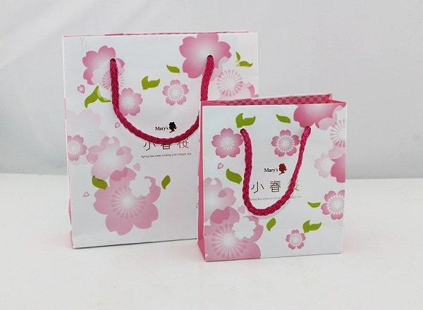 túi giấy đựng quà hoa anh đào