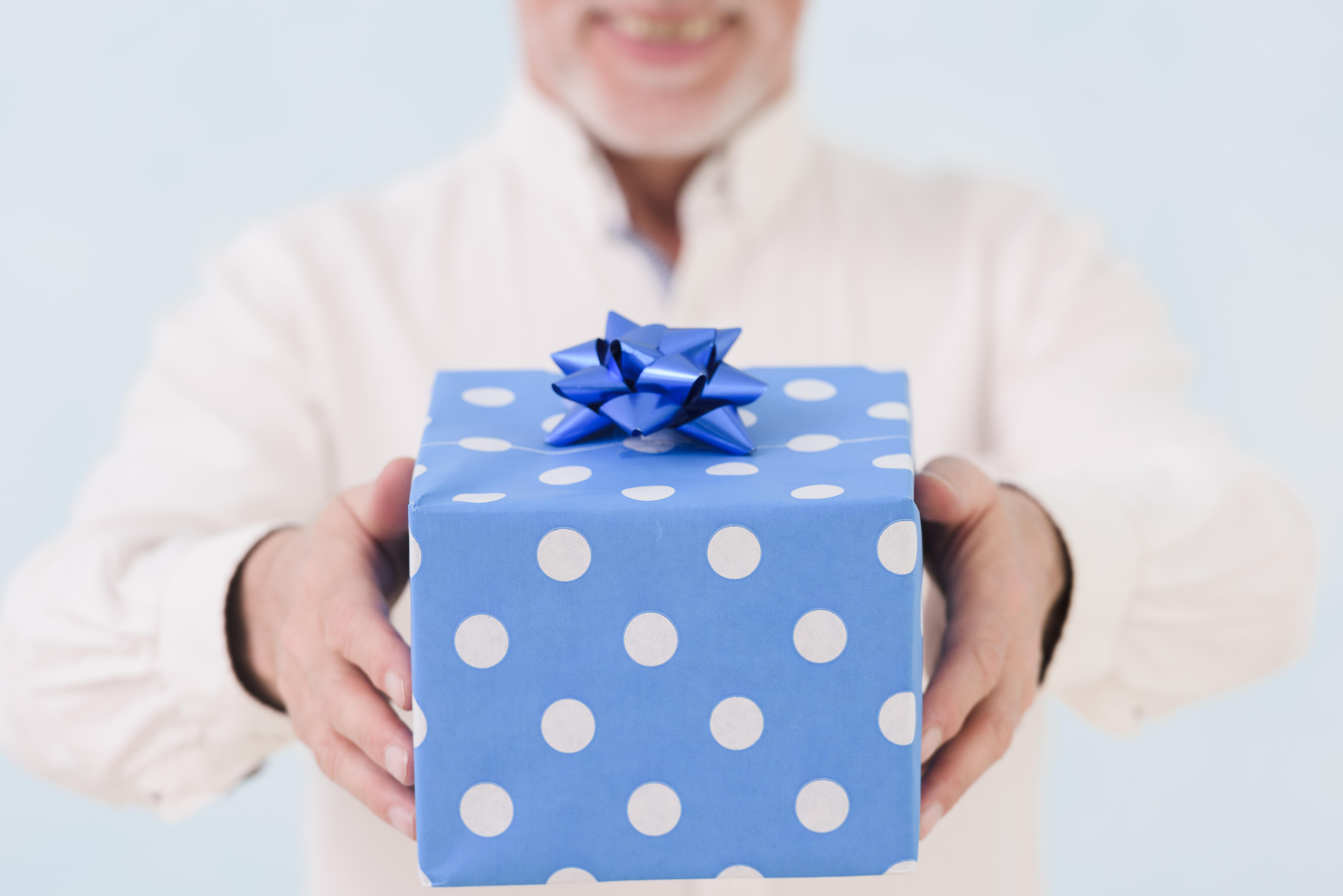 bán hộp giấy đựng quà