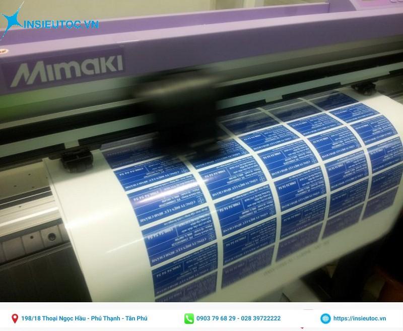 Bế tem nhãn trên máy Mimaki