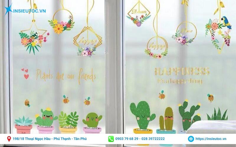 trang trí cho cửa sổ bằng decal in họa tiết