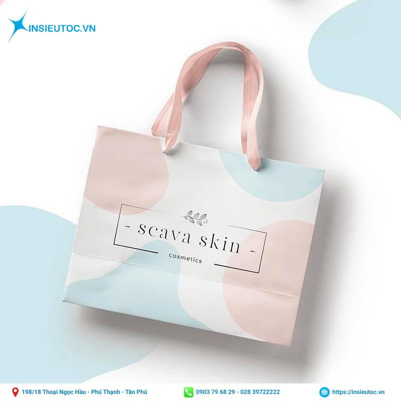 Túi giấy có thiết kế độc đáo, lạ mắt