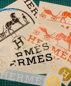 in nhãn logo dán được thiết kế theo yêu cầu tại In Siêu Tốc VN