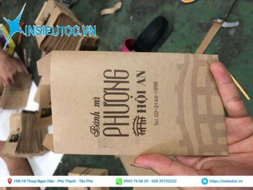 Túi giấy đựng bánh mì in tên thương hiệu